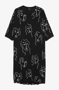 Monki - black oversized t-shirt dress with face doodle