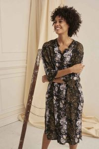 Masai - Nimes dress with Wisteria print